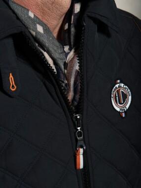 Sleeveless Jacket Black Sky